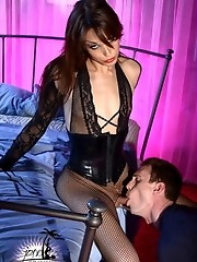 Filthy Jonelle Brooks punishing her boyfriend