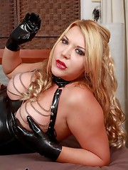 Horny shamble who loves to be dominated!