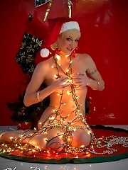 Amazing TS Olivia Love playing with Xmas lights
